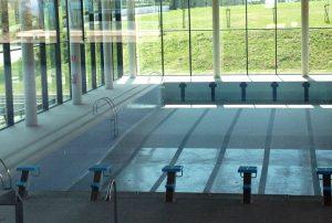 piscina-latas